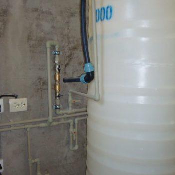 Установка системы автономного водоснабжения