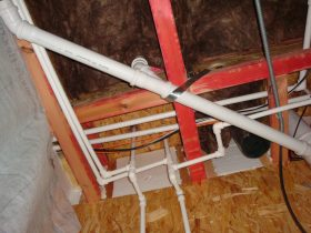 пример канализации в доме из сип панелей